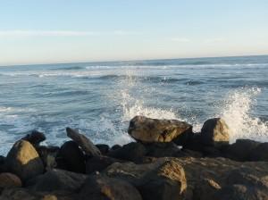 el agua que trae el mar